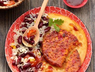 Pavés au mais et poivron riz aux oignons et haricots rouges à la Mexicaine