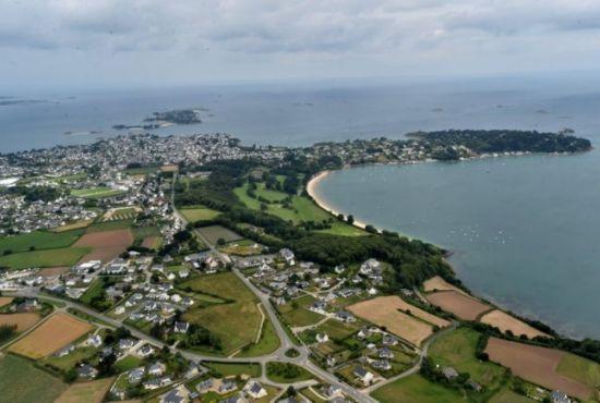 vol hélicoptère Bretagne