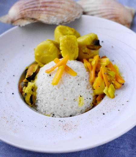 Etuvée de St Jacques aux petits légumes et riz