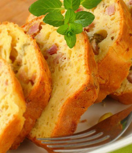 Cake au rôti de porc et aux olives