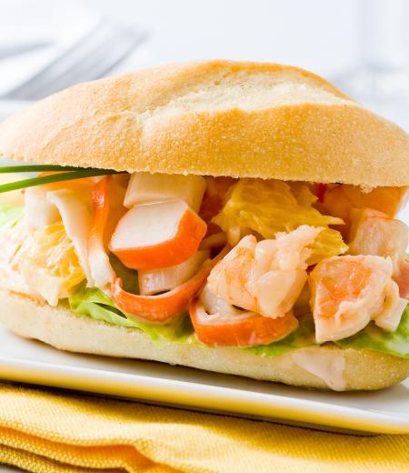 Mini sandwich surimi crevette et laitue