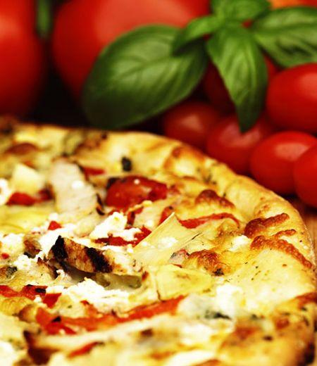 Pizza au poulet et fromage de chèvre